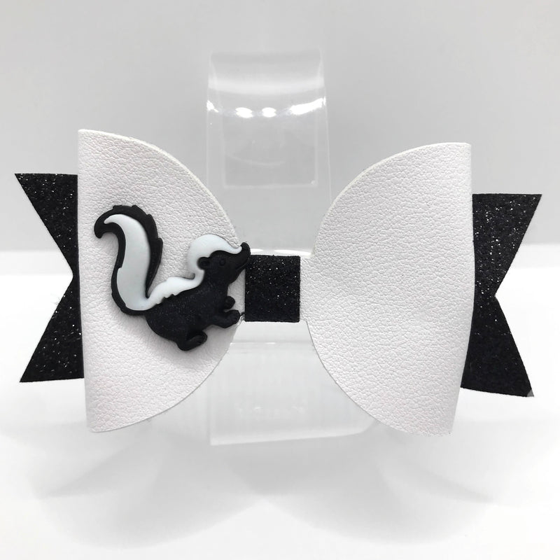 Forest Friends Skunk Hair Clip Bow