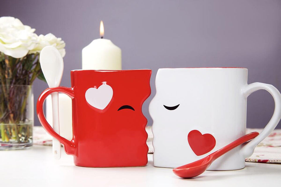 Mugeo♥Mugiet™ Kissing Mugs Set, Exquisitely Crafted