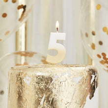 Lade das Bild in den Galerie-Viewer, Gold Ombre 5 Number Birthday Candle image