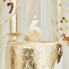 Lade das Bild in den Galerie-Viewer, Gold Ombre 6 Number Birthday Candle image