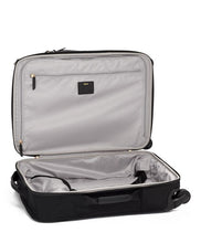 "Load image into Gallery viewer, Voyageur - Softside Léger International  Spinner Carry-On (21"") (6633539731620)"