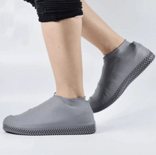 Load image into Gallery viewer, Waterproof Slip-proof Silicone Shoes Cover