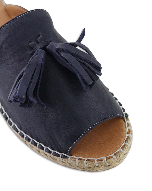 Bueno Keilor Navy Toe