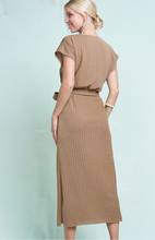 Load image into Gallery viewer, Abi Midi Dress
