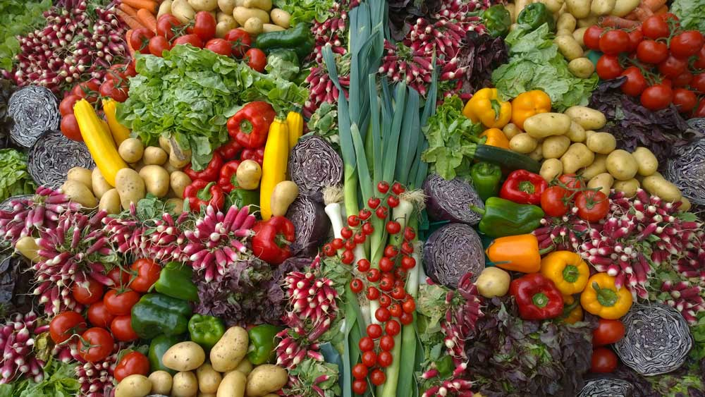 33fuel cancer causes we can control - vegetables fight cancer