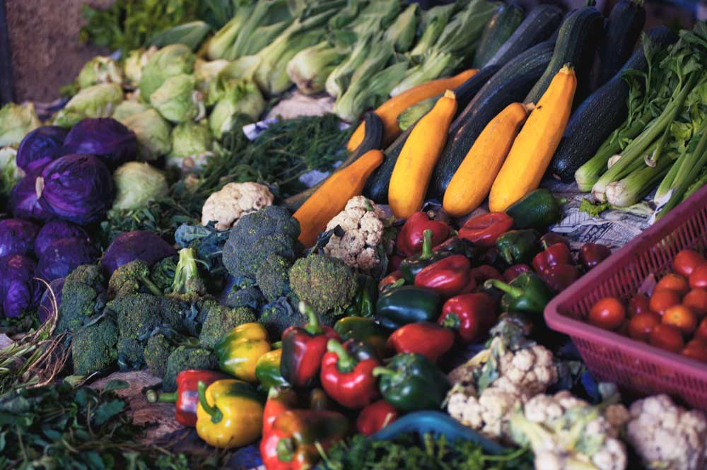 blue zones lessons from the healthiest people on earth - veggies
