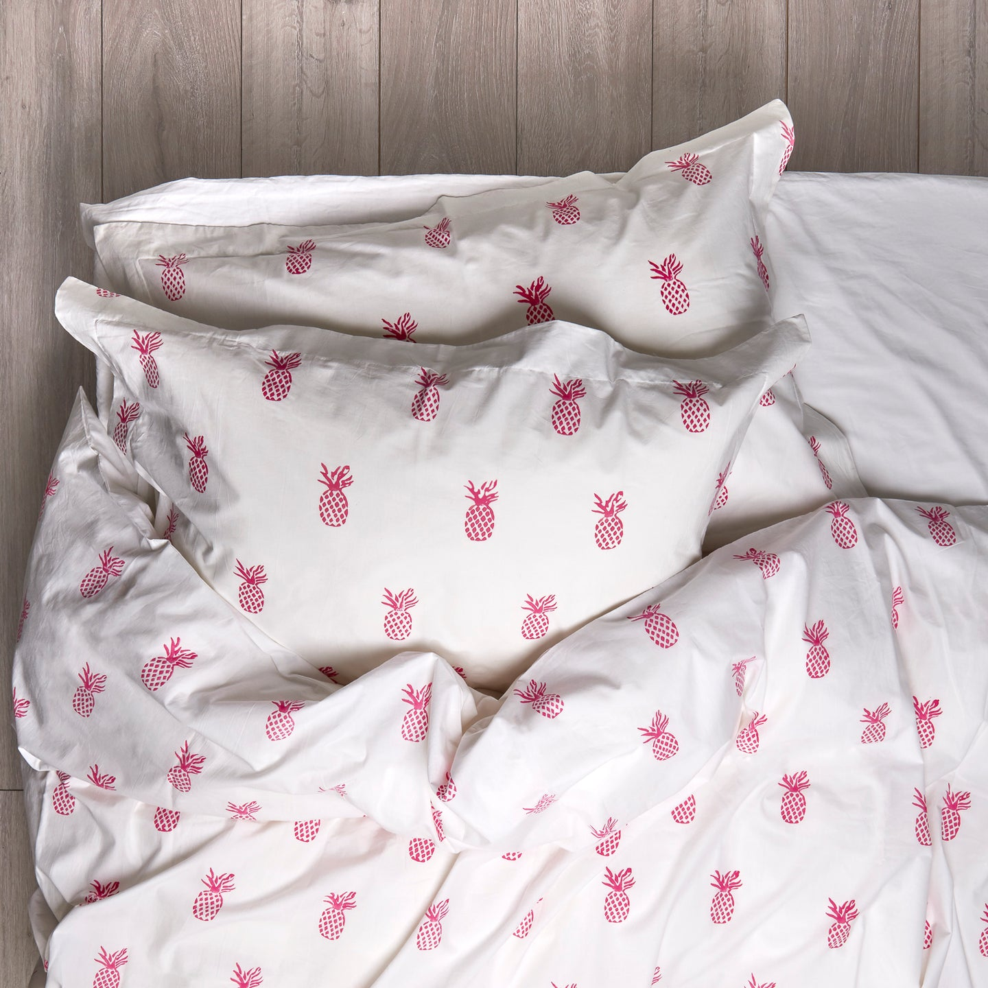 Pineapple Duvet Covers and Pillow Set Hot Pink