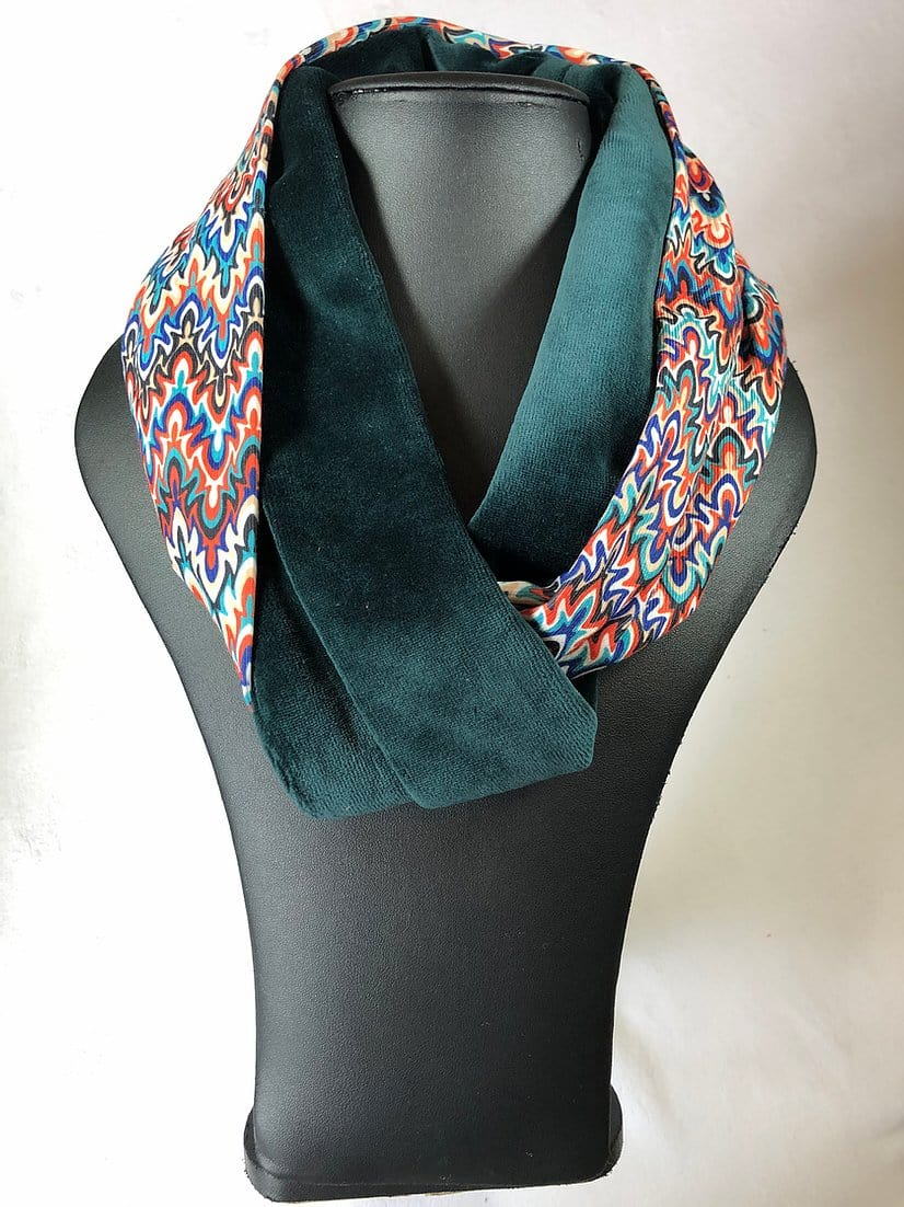 Two tone velvet snood, green