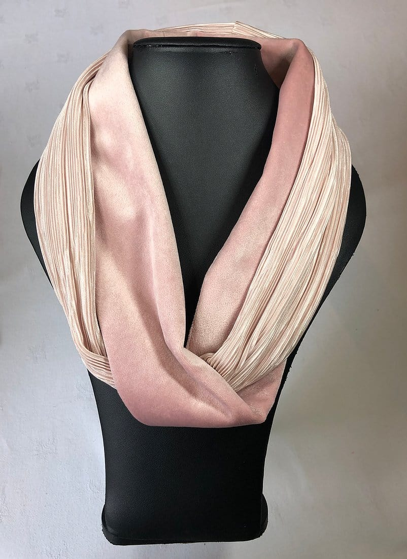 Two tone velvet snood, pink