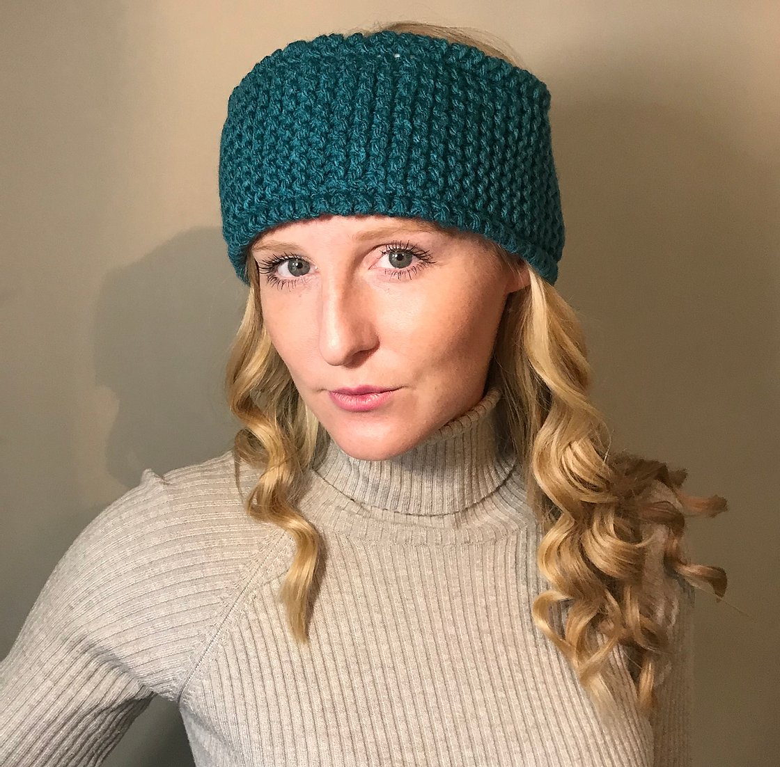 Chunky knitted headband, teal