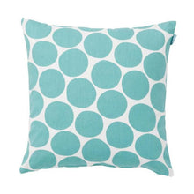 Load image into Gallery viewer, Spira of Sweden Pom Pom Cushion Cover