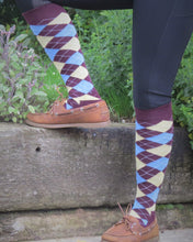 Load image into Gallery viewer, Long Socks - Claret & Blue Argyle