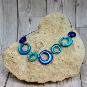 Hollow Circles Necklace - Turquoise