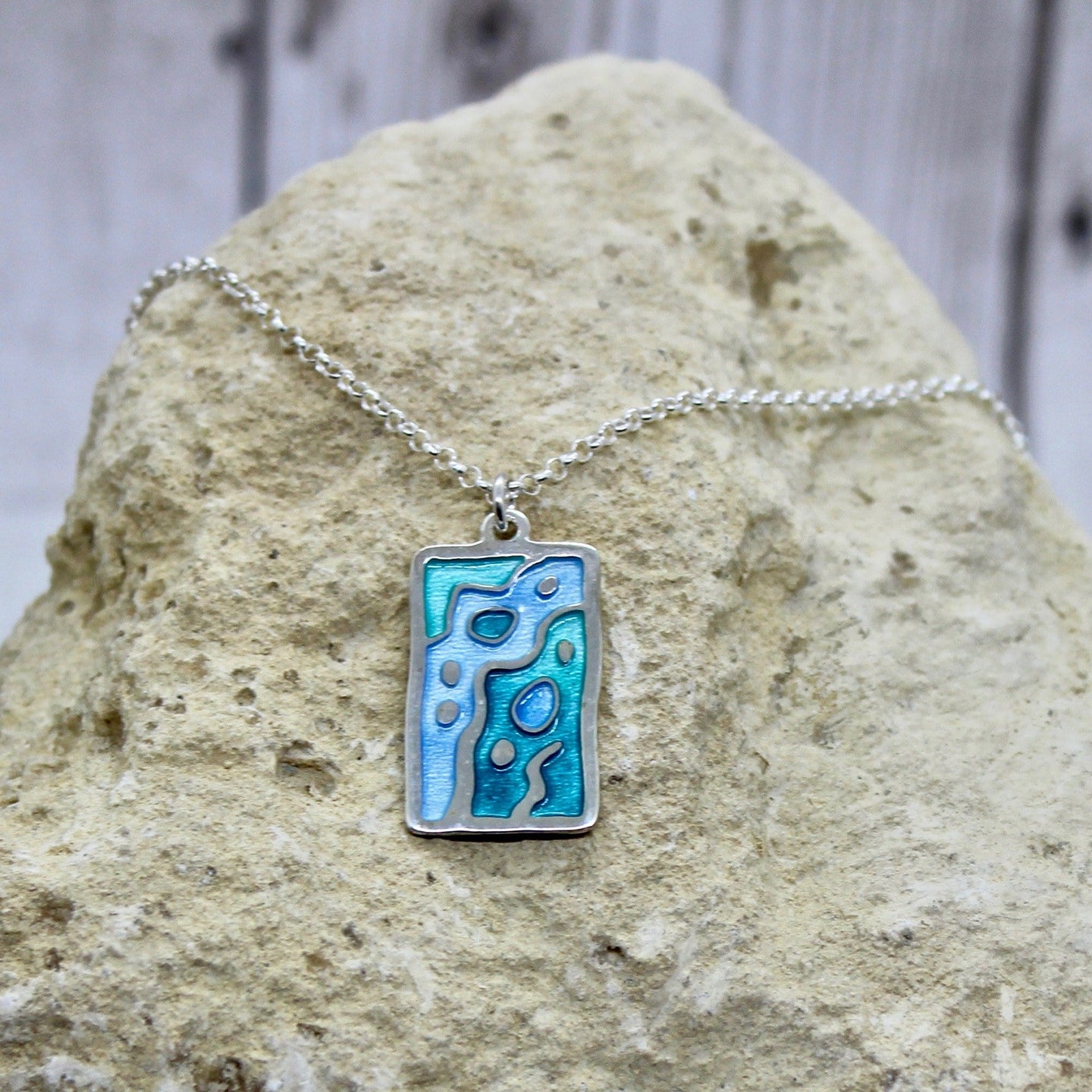 Silver Rock Pool Pendant
