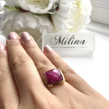 Load image into Gallery viewer, Gold Plated Silver Ring with Square Semiprecious Stone - Ruby Quartz
