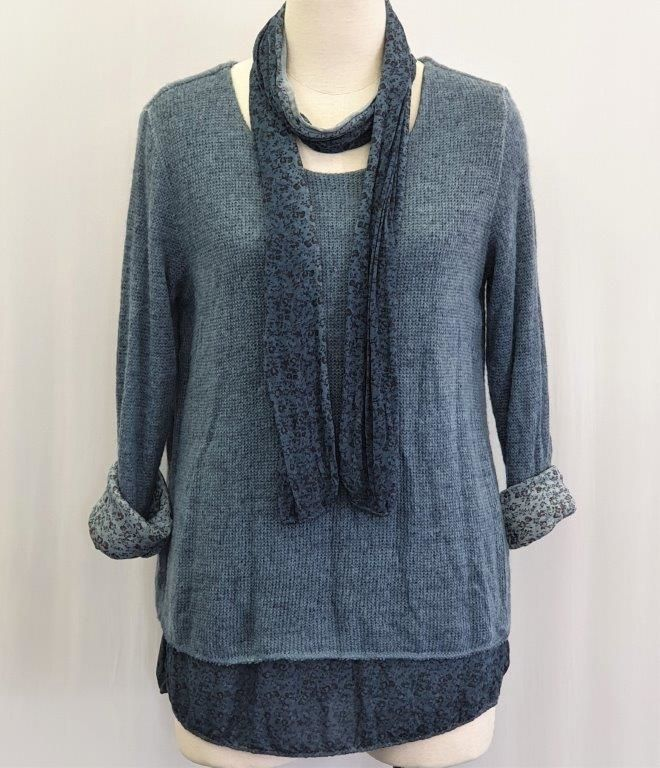 Italian top with scarf 3016
