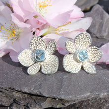 Load image into Gallery viewer, Blossom Earrings