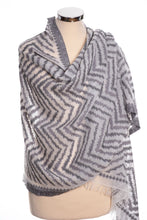 Load image into Gallery viewer, Zig zag design scarf, grey