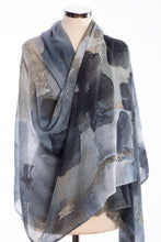 Load image into Gallery viewer, Brush stroke design scarf, grey