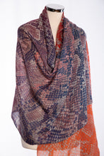 Load image into Gallery viewer, Snakeskin design scarf, navy