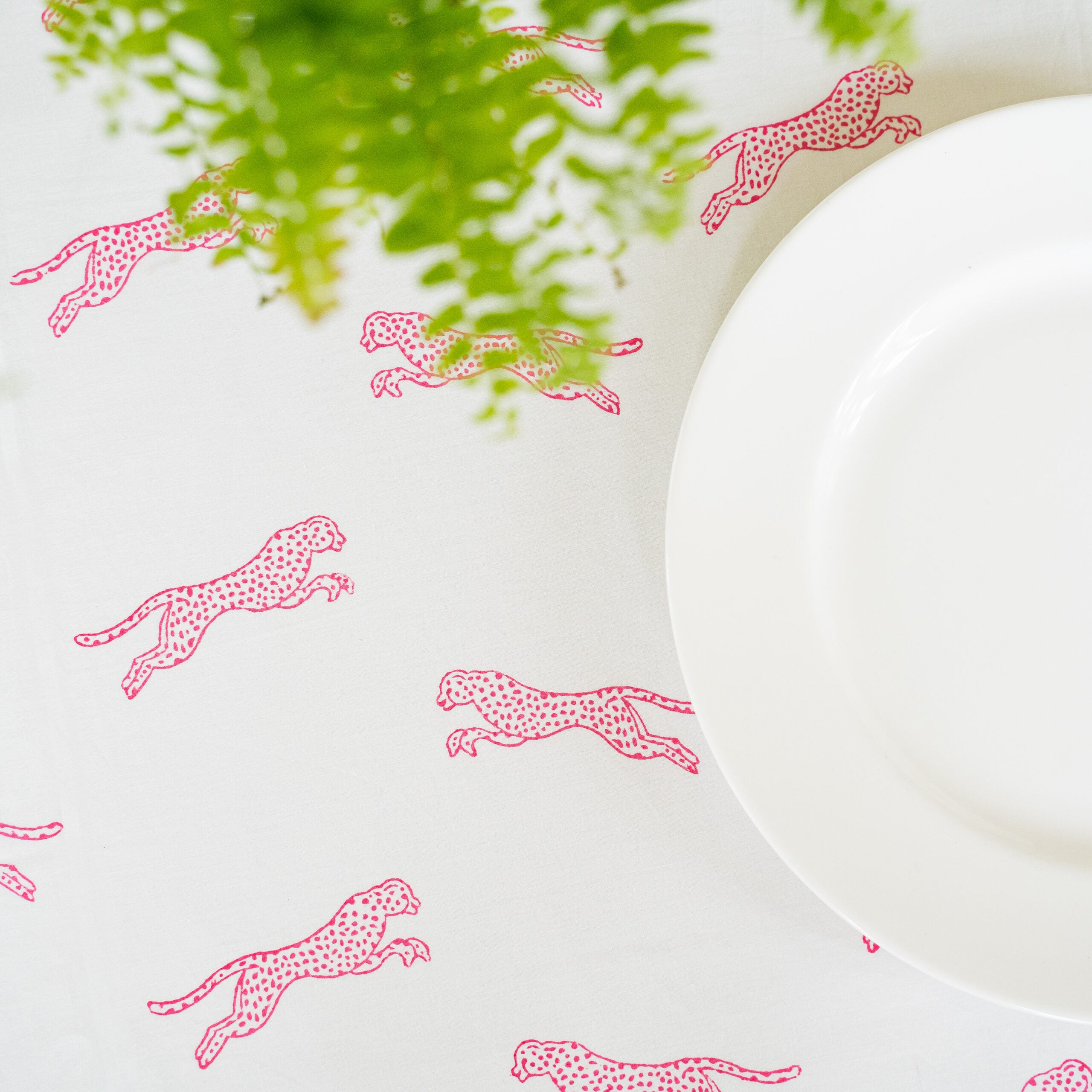 Pink Cheetah Table Cloth