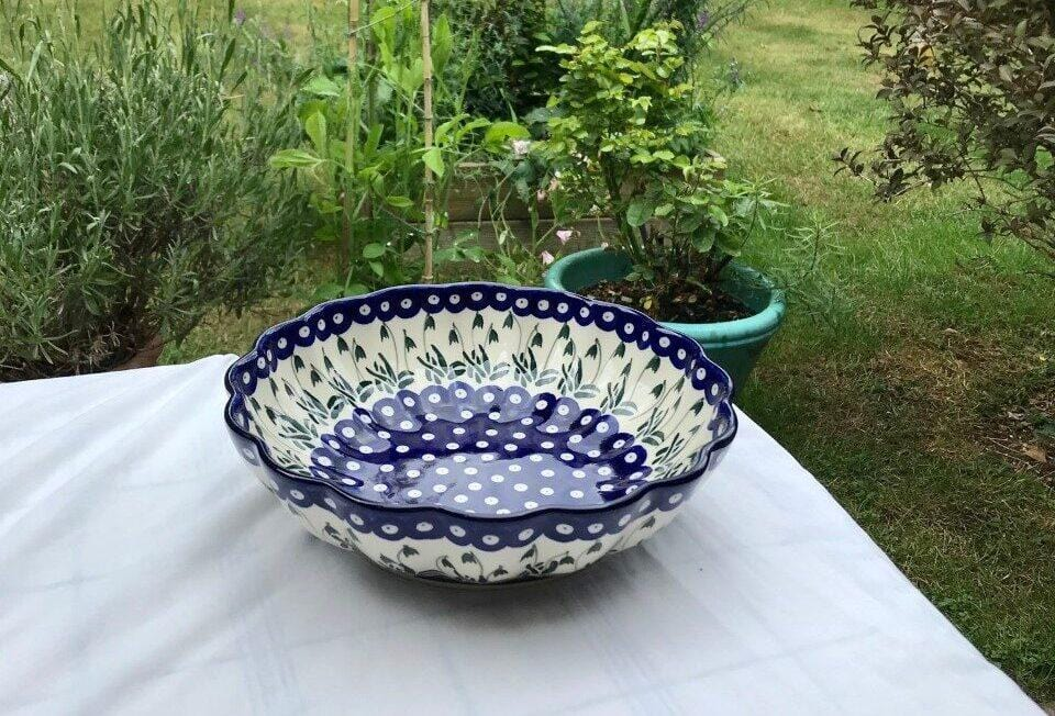 Snowdrop Extra-Large Shell Bowl