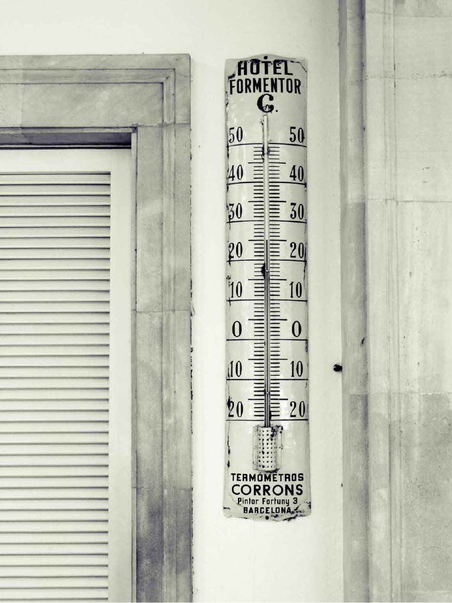 Hotel Formentor Thermometer | Photo Art