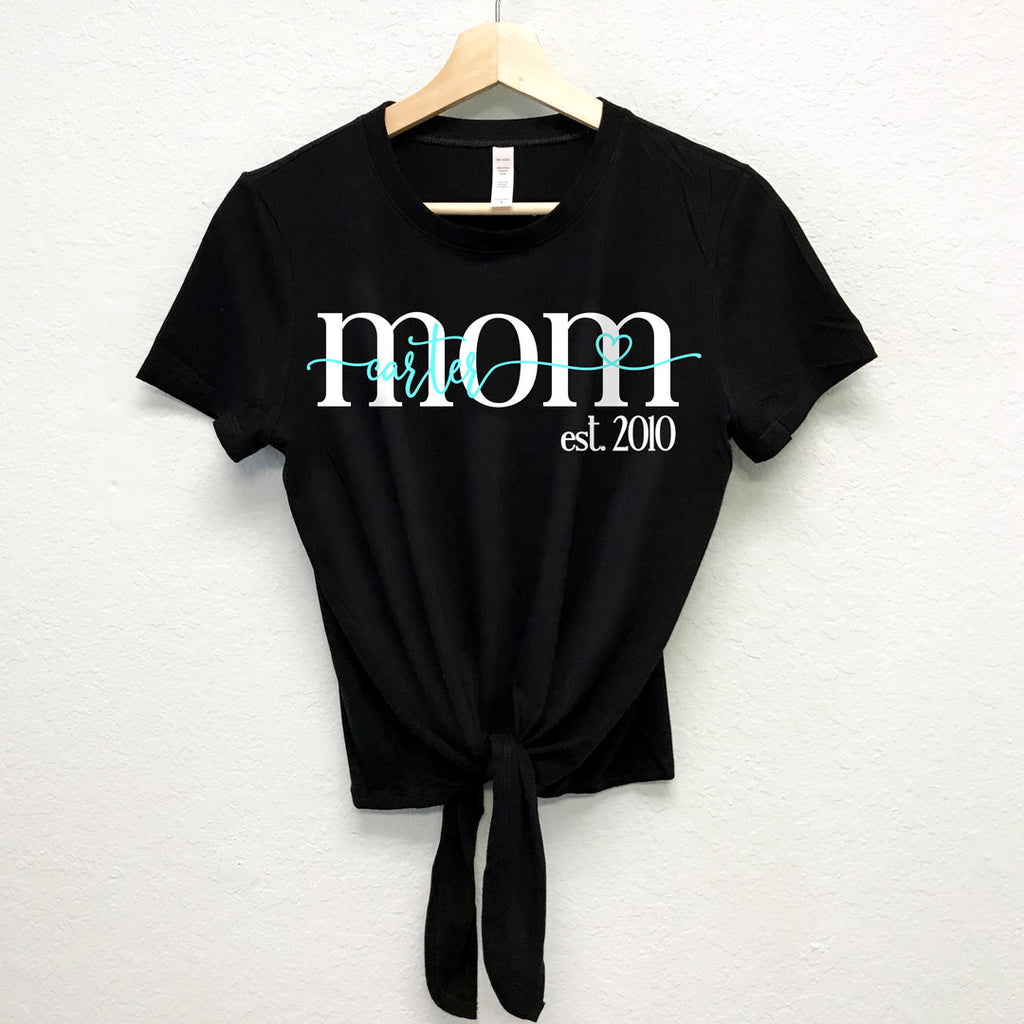 MOM est. 2018 Custom Name & Year Front Tie Crop Top