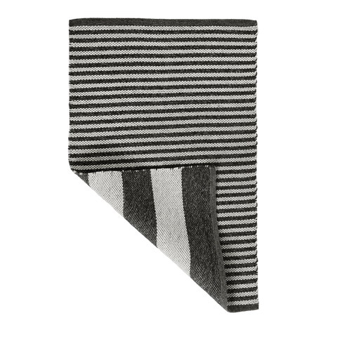 Veranda Handwoven Indoor/Outdoor Rug, Light Grey/Charcoal