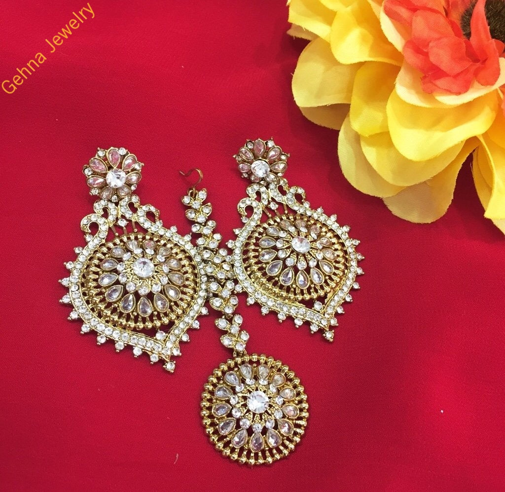 Deepali Earrings And Tikka