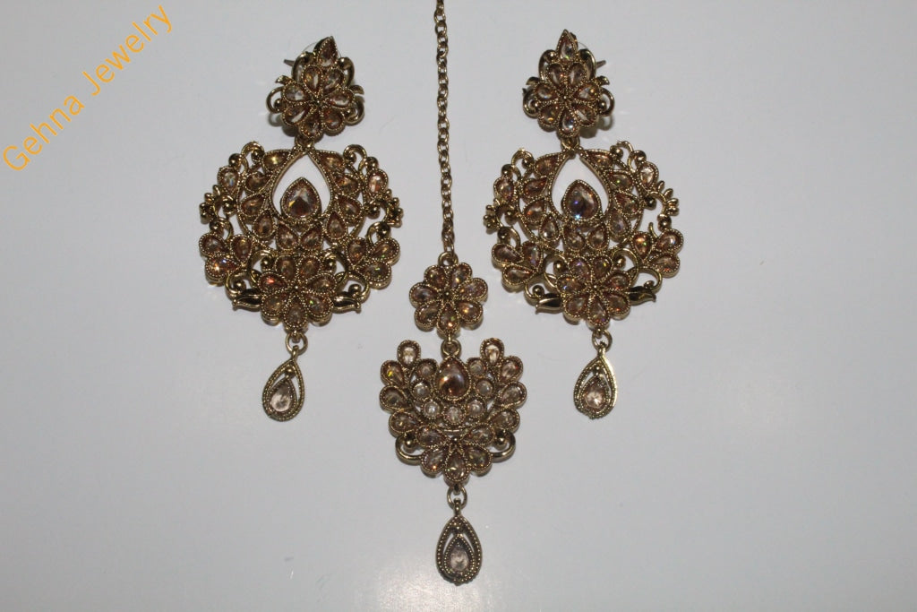 Kaveri Earrings And Tikka