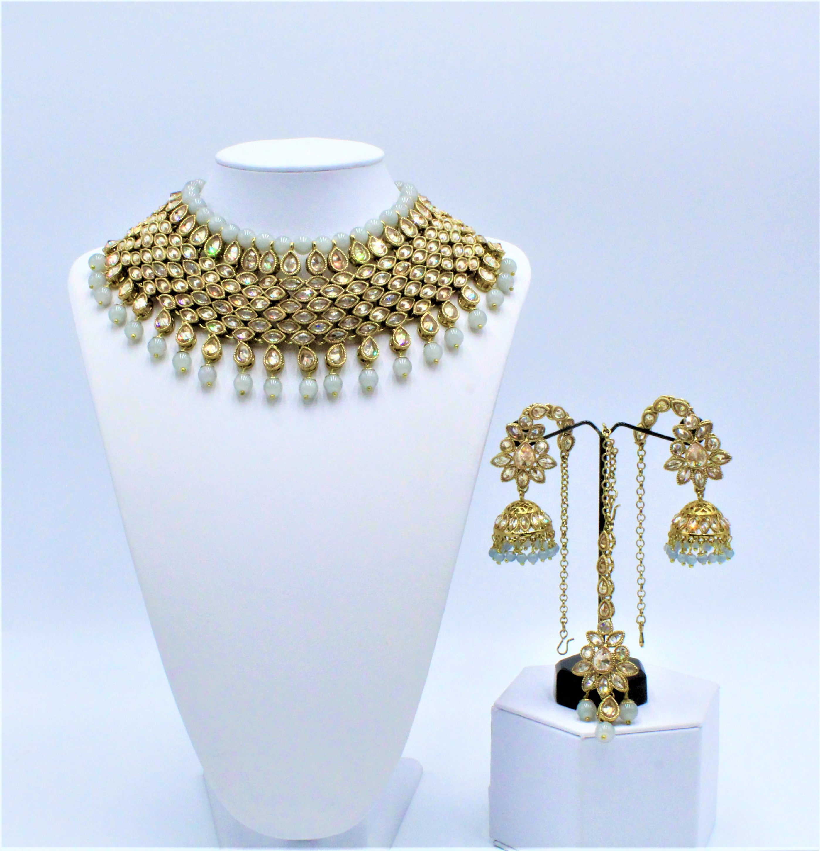 Tanya Necklace Set