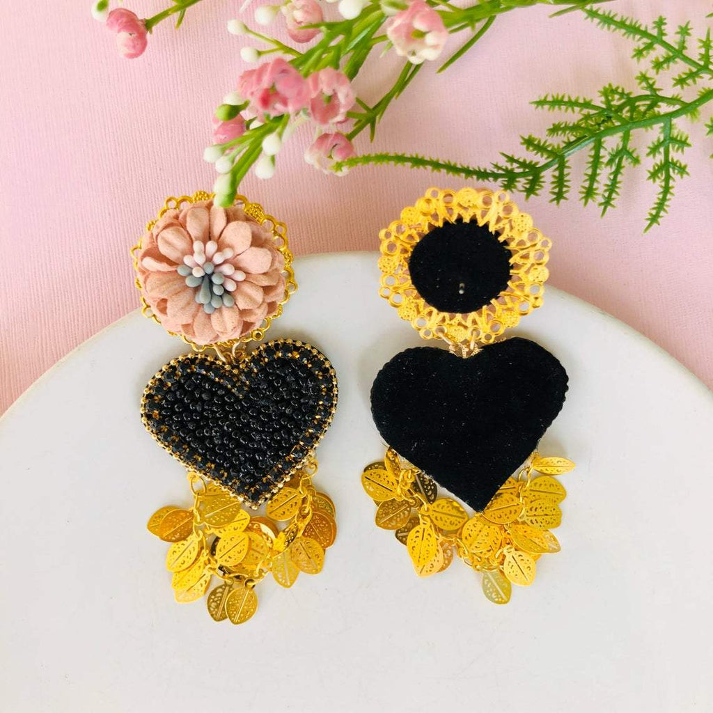 Beaded black heart earrings with pink flower stud statement earrings - Shinedesignandshop