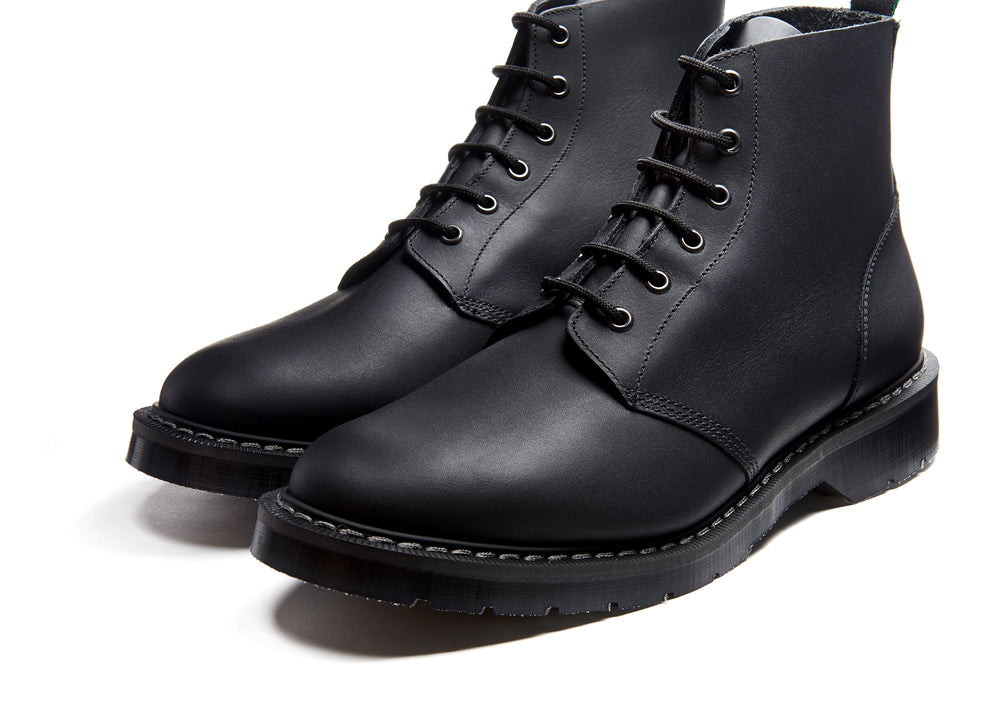 Black Greasy 6 Eye Astronaut Boot