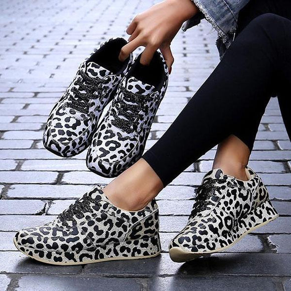 Mokoshoes Comfort Leopard Lace Up Sneakers