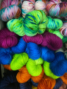 hand dyed yarn color speckle stripe