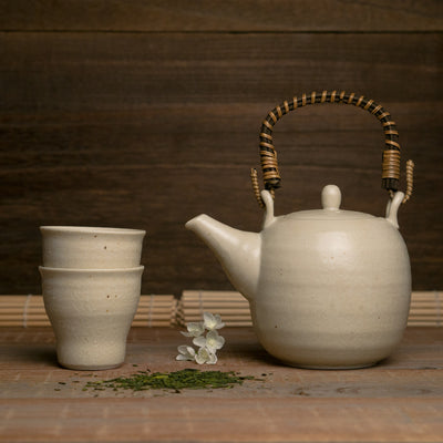 White tea set aibori ceramic gifu japan hypanese