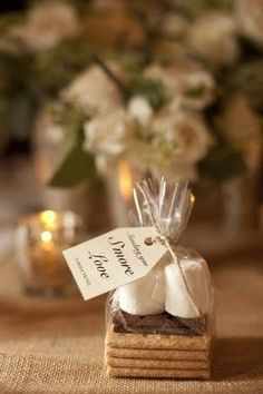 How to Make Sure your Wedding Favours are Favourable!