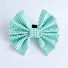 Load image into Gallery viewer, Aquamarine Picnic Bow