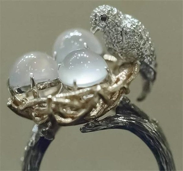 Women's Fashion Creative 925 Sterling Silver Animal Ring Natural Gemstone Moonstone Bird's Nest Ring Cocktail Party Gift