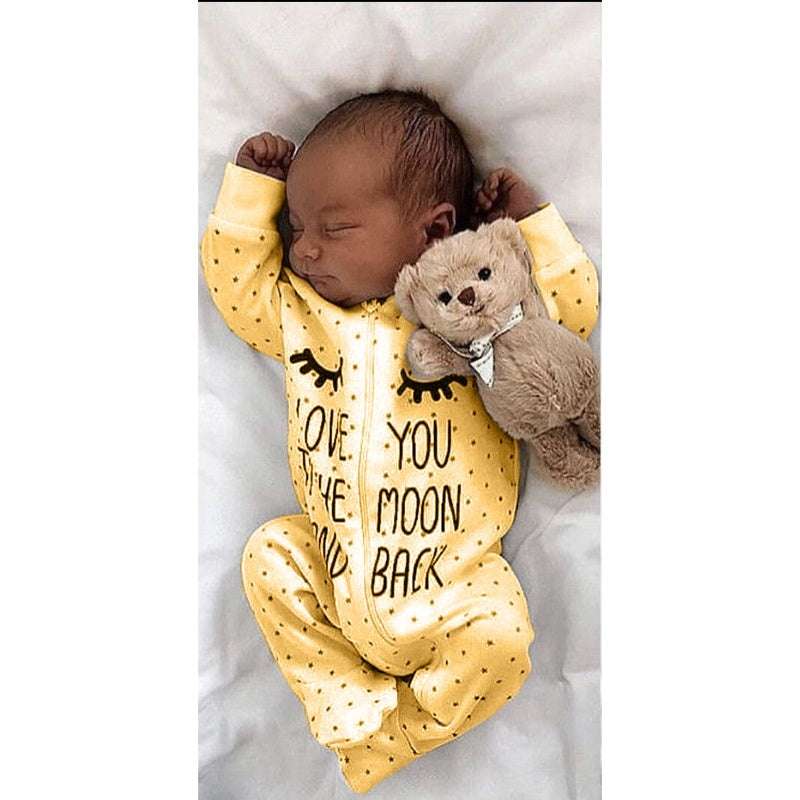 2019 Autumn Newbron Baby Fashion Jumpsuit Cute Letter Print Long Sleeve Zipper Jumpsuit Cotton Casual Fashion Soft Baby Suit Baby Outside Clothes Size 0-2year