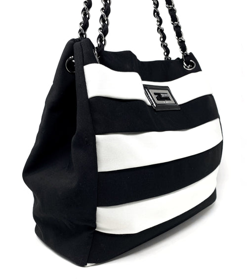 Chanel Black/White '09C Grand Shopping Tote W/Reissue Hardware