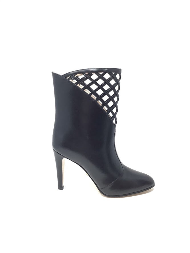 Gucci W Shoe Size 38 '19 Cutout Leather Ankle Bootie