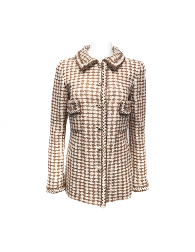 Chanel Size 40 Cream/Beige Tweed Houndstooth Two Pocket W/ Polka Dot Buttons