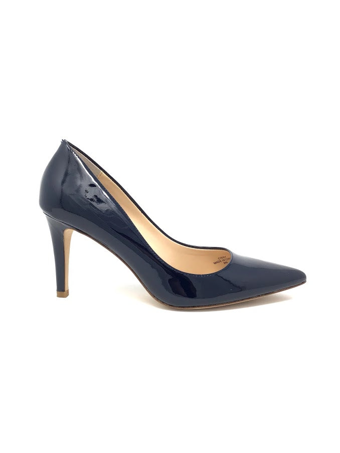 Neiman-Marcus 9 Patent Pointed Low Heel Pumps