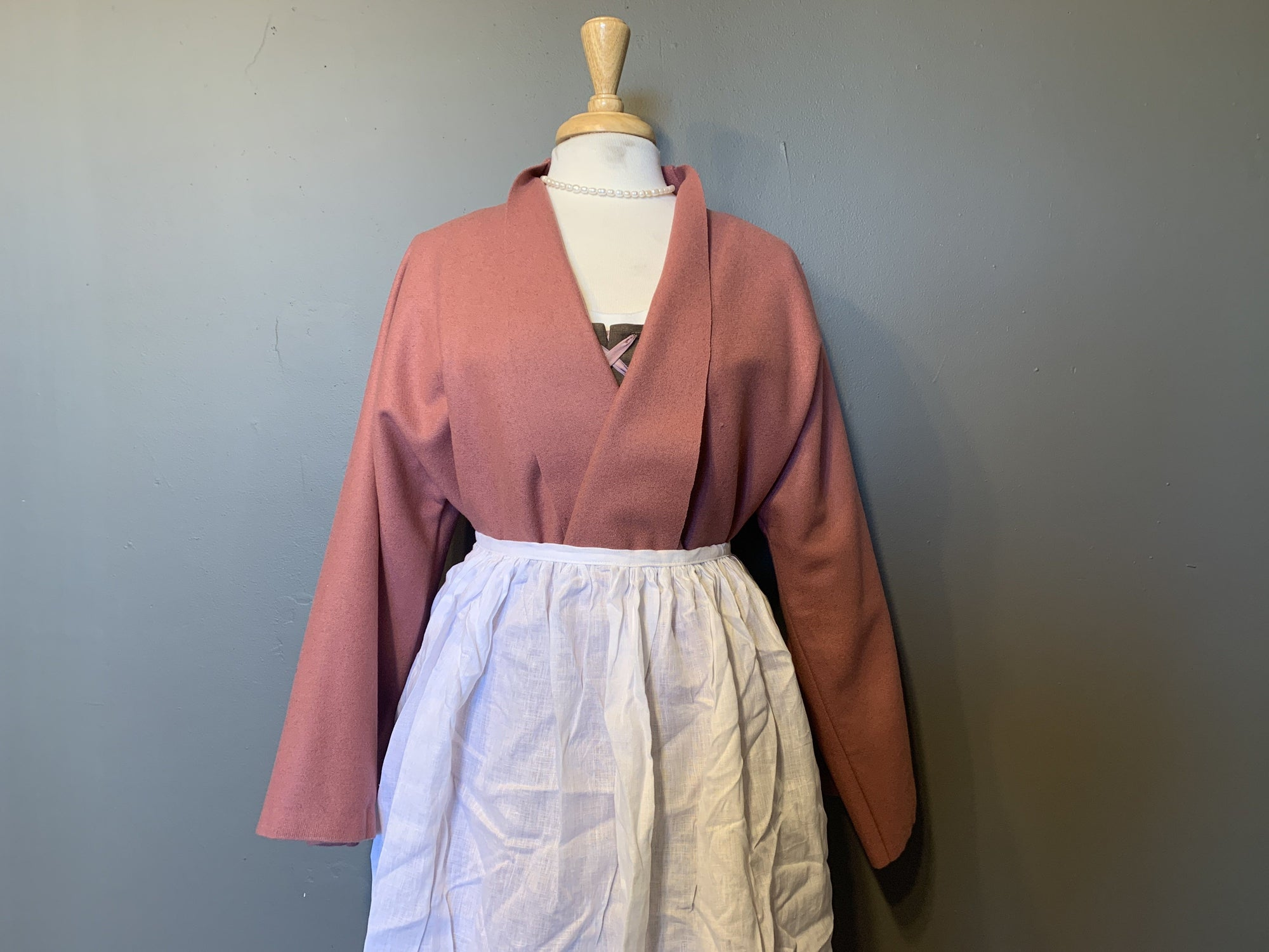 Wool Bedgown - Mauve - Samson Historical