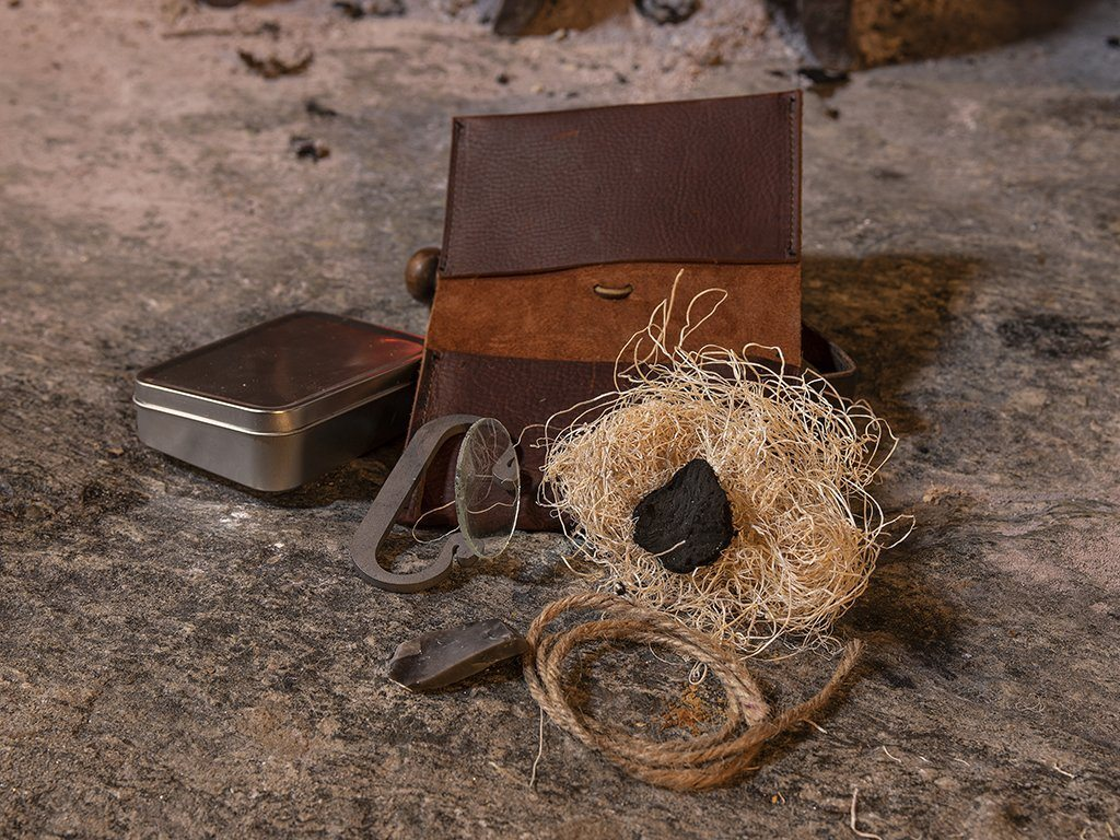Deluxe Fire Starting Kit - Samson Historical
