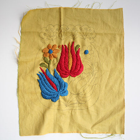 1920s style embroidered pouch