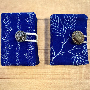 Larger Needle Book With Pockets