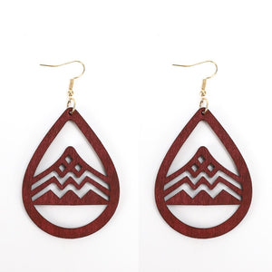 Hollow Wood Water Drop Earrings